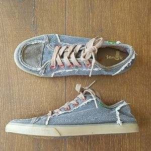Sanuk Urban Sidewalk Canvas Lace up Sneakers